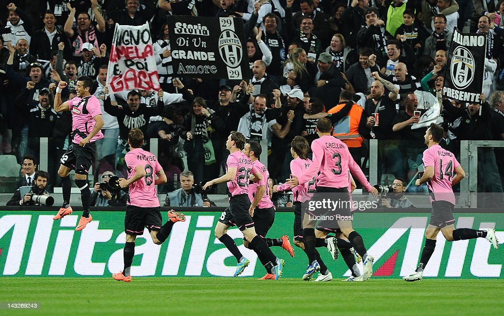 The Juventus FC players celebrate after the first goal of Arturo Vidal