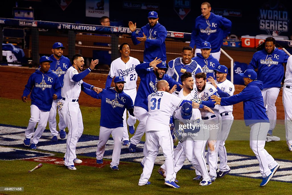The Kansas City Royals celebrate defeating the New York Mets 5-4 in Game One of the 2015 World Series at Kauffman Stadium on October 27, 2015 in Kansas City, Missouri.