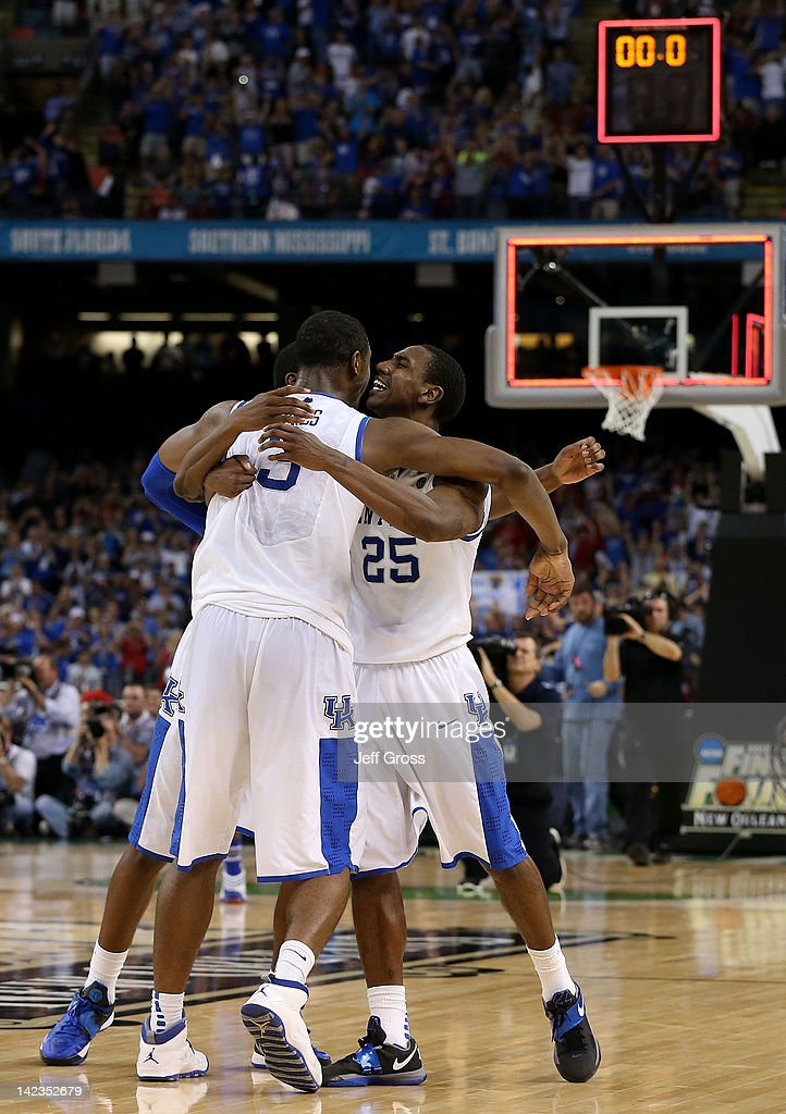 The Kentucky Wildcats celebrate after defeating the Kansas Jayhawks 67-59 in the National Championship Game of the 2012 NCAA Division I Men's Basketball Tournament at the Mercedes-Benz Superdome on April 2, 2012 in New Orleans, Louisiana.