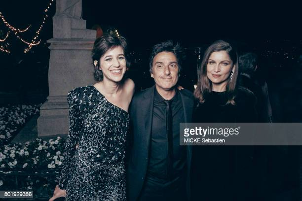 the Kering Woman in motion evening organised by Kering in Cannes Charlotte Gainsbourg wearing Saint Laurent Yvan Attal and Laeticia Casta May 21 2017...