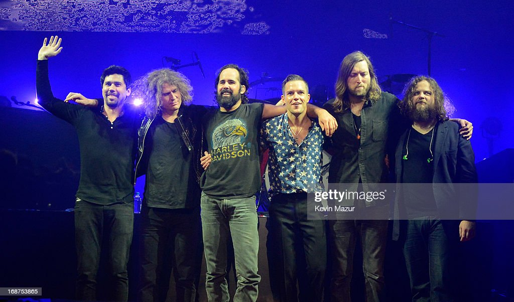 <a gi-track='captionPersonalityLinkClicked' href=/galleries/search?phrase=The+Killers+-+Band&family=editorial&specificpeople=3954390 ng-click='$event.stopPropagation()'>The Killers</a> perform during their 'Battle Born' tour at Madison Square Garden on May 14, 2013 in New York City.