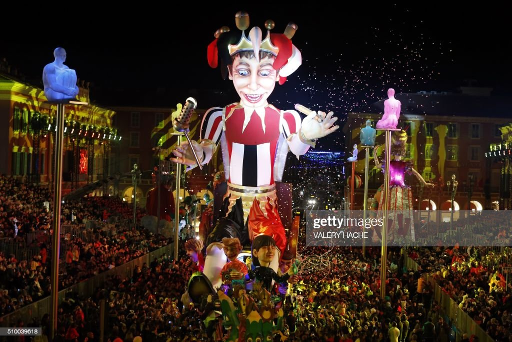 The King float is pictured during Nice's Carnival parade, on February 13, 2016 in Nice, southeastern France. / AFP / VALERY HACHE