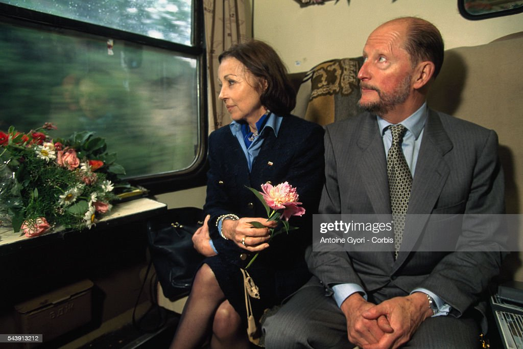 The King with his wife Margarita Gomez Acebo.