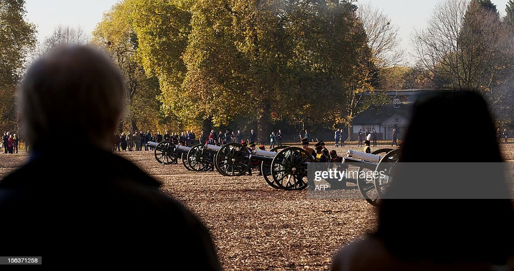 The King's Troop Royal Artillery perform a 41 gun salute in honour of Prince Charles, The Prince of Wales's 64th birthday in London on November 13, 2012. At 64, Britain's Prince Charles may be getting older and losing his hair, as the Beatles sang, but the future king is also riding a new wave of popularity as he seeks to show his fun side. AFP PHOTO / ANDREW COWIE