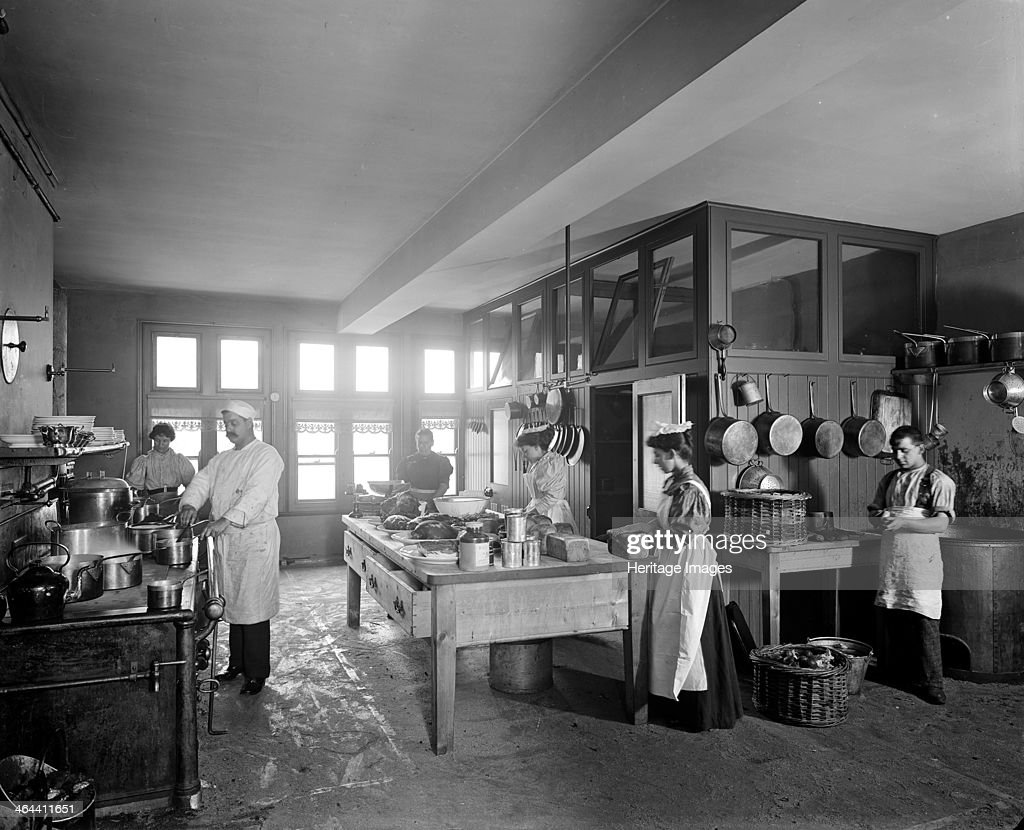 The Kitchen Furniture Company The Kitchen At The Tower Bridge Hotel Southwark London 1897