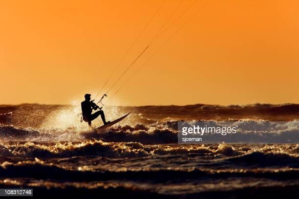 Die Kiteboarder