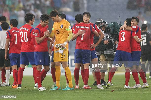 The Korea Republic team celebrate their winning during the Asian Cup Semi Final match between Korea Republic and Iraq at ANZ Stadium on January 26...