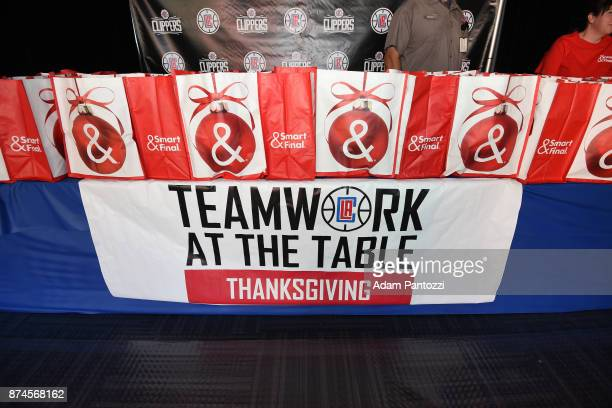 The LA Clippers host their 29th Annual Teamwork at the Table Thanksgiving event at St Joseph Center on November 14 2017 in Venice California NOTE TO...