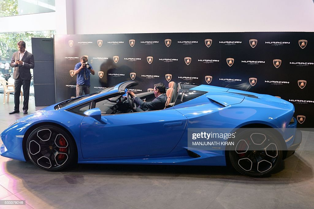 the lamborghini huracan 610 4 spyder is seen at a showroom during its pictures getty images. Black Bedroom Furniture Sets. Home Design Ideas