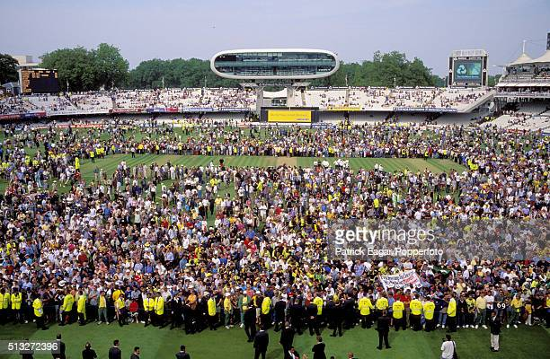 The large crowd gathers for the presentation ceremony after the NatWest Series Final between Australia and Pakistan at Lord's London 23rd June 2001...