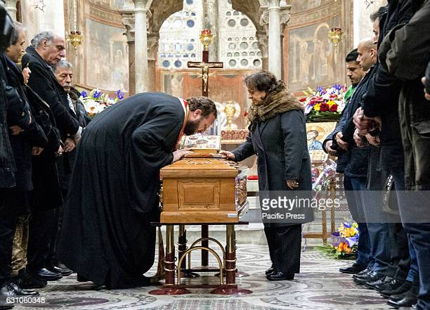The last goodbye to Hilarion Capucci died last January 1 Archbishop of Jerusalem in exile in the Basilica of Santa Maria in Cosmedin Piazza Bocca...