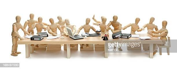 La Cène de mannequin en bois