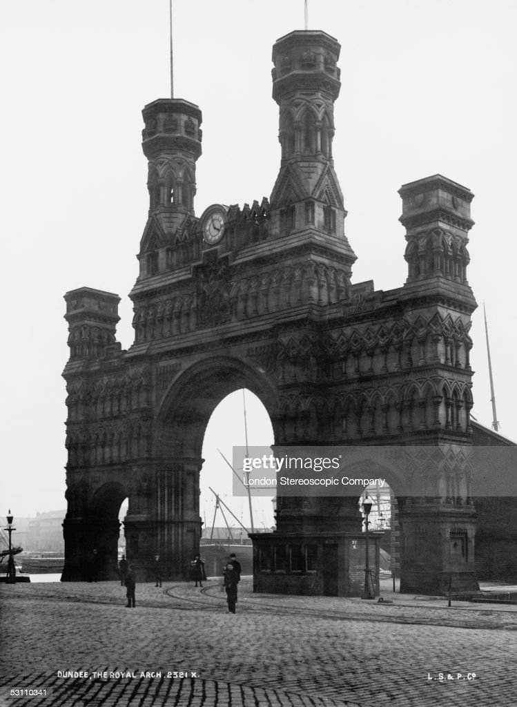 The late victorian Royal Arch in Dundee Scotland circa 1895 The arch was built in 1848 to celebrate a visit by Queen Victoria four years previously...
