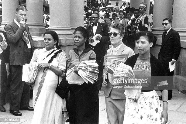 The leaders of the Federation of South African Women delivering a petition to the Union Buildings in Pretoria South Africa 27th October 1955 The...