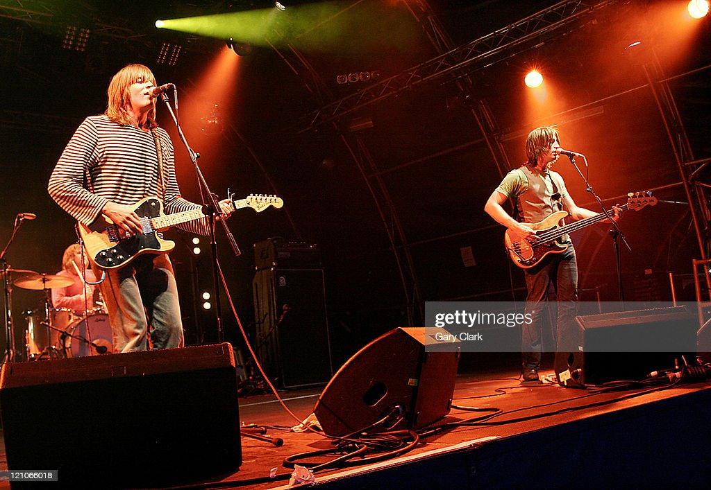 <a gi-track='captionPersonalityLinkClicked' href=/galleries/search?phrase=The+Lemonheads&family=editorial&specificpeople=751360 ng-click='$event.stopPropagation()'>The Lemonheads</a> during Somerset House Summer Series - <a gi-track='captionPersonalityLinkClicked' href=/galleries/search?phrase=The+Lemonheads&family=editorial&specificpeople=751360 ng-click='$event.stopPropagation()'>The Lemonheads</a> - July 16, 2006 at Somerset House in London, United Kingdom.