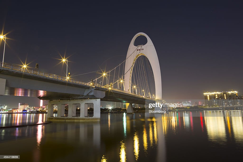 The Liede Bridge stands over the Pearl River in Guangzhou, Guangdong province, China, on Friday, Nov. 29, 2013. China is proposing the largest package of economic reforms since the 1990s to stoke growth in the worlds biggest emerging market. Photographer: Brent Lewin/Bloomberg via Getty Images