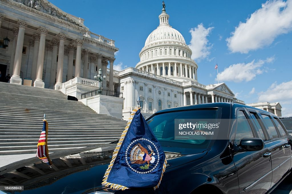 The limousine of US President Barack Obama waits in front of the US Capitol as Obama attends the Friends of Ireland luncheon in Washington on March 19, 2013. AFP PHOTO/Nicholas KAMM