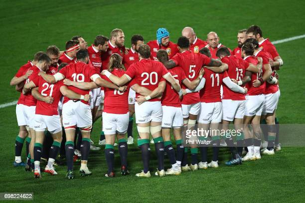 The Lions huddle togeather before the match between the Chiefs and the British Irish Lions at Waikato Stadium on June 20 2017 in Hamilton New Zealand