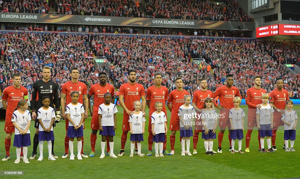 The Liverpool squad are pictured ahead of the start of the UEFA Europa League semi-final second leg football match between Liverpool and Villarreal CF at Anfield in Liverpool, northwest England on May 5, 2016. / AFP / LLUIS