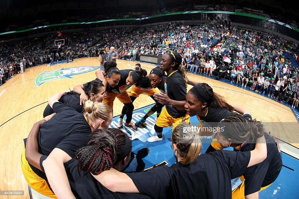 The Los Angeles Sparks huddle up before the game against the Minnesota Lynx during the WNBA game on June 24, 2016 at Target Center in Minneapolis, Minnesota.