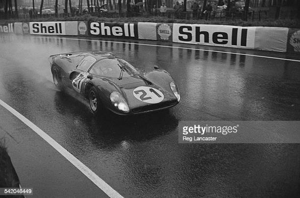 The Ludovico Scarfiotti Mike Parkes Ferrari during a practice session for the '24 Hours of Le Mans' race April 1967