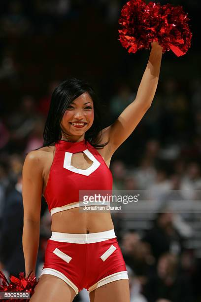 The Luvabulls the Chicago Bulls cheerleaders perform during an intermission in the game against the New Orleans Hornets on March 18 2005 at the...