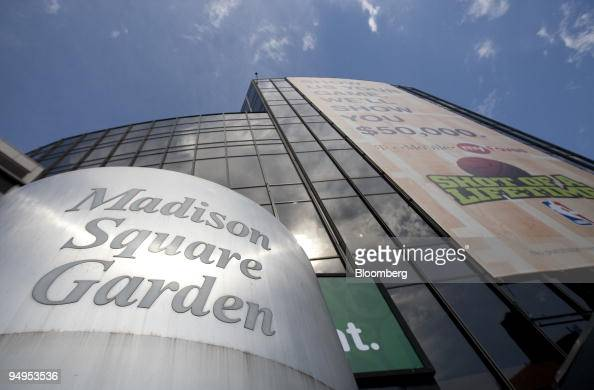 The Madison Square Garden arena sits in New York US on Friday May 8 2009 Cablevision Systems Corp the media company controlled by the Dolan family...