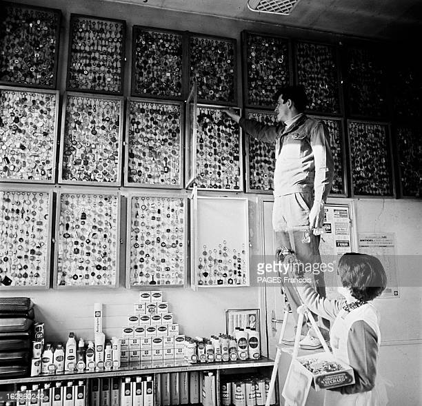 The Madness Of Keyring France mars 1966 les collectionneurs de porteclés les copoclephilistes s'adonnent à leur passion en adhérant à des clubs...