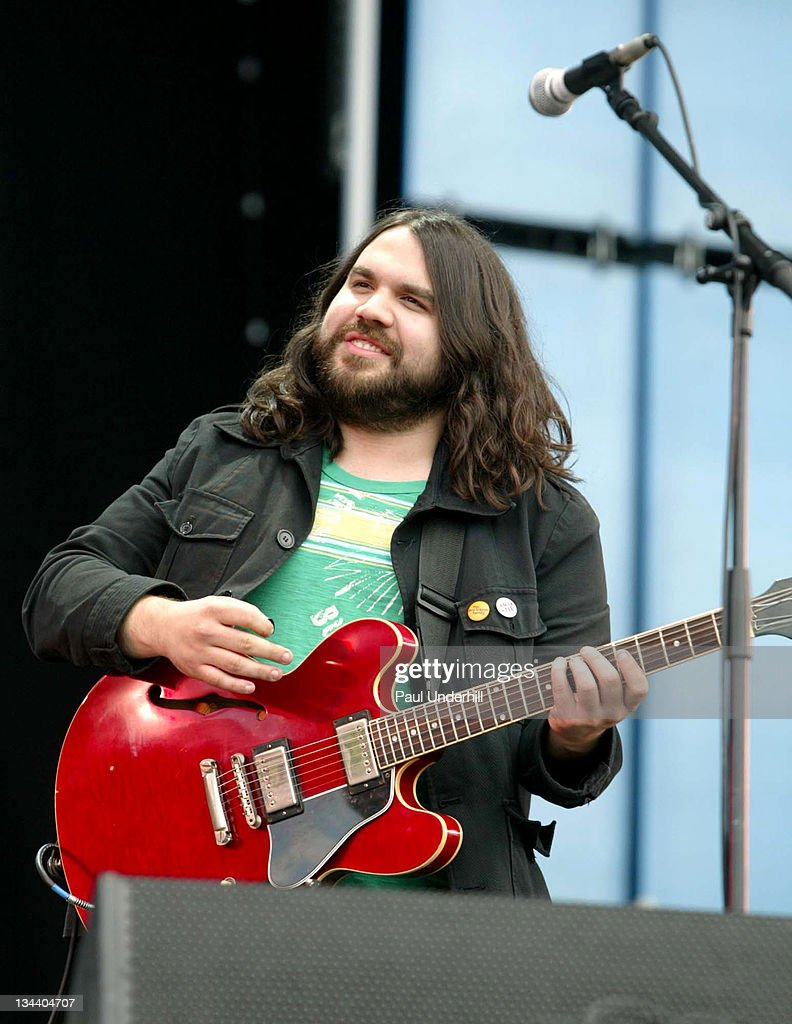 The Magic Numbers during 2005 Isle Of Wight Festival - Day 3 - Show at Seaclose Park in Newport, Great Britain.