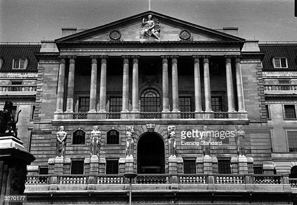 The magnificent facade of the Bank of England