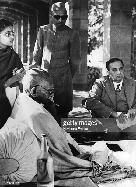 The Mahatma Gandhi Refuse To Abandon Fast At New Delhi In India On January 17Th 1948