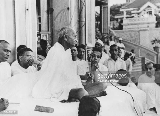 The Mahatma Gandhi Speaks After The Evening Prayer At Bombay In India On March 20Th 1946