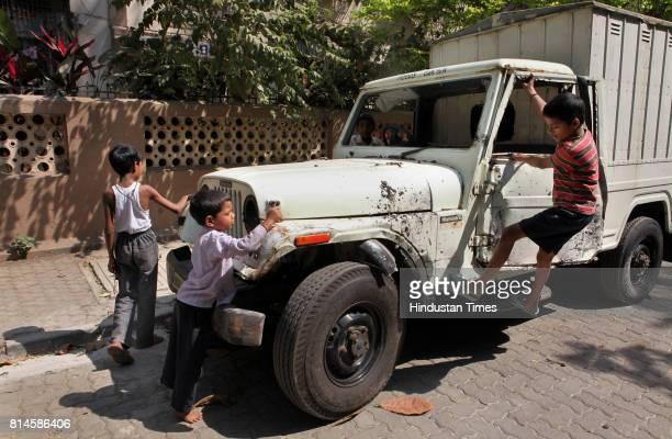 The Mahindra pickup truck that rammed into the two school girls injuring them at Nehru Nagar on Thursday morning Asfaq Babu Nagori the driver was...
