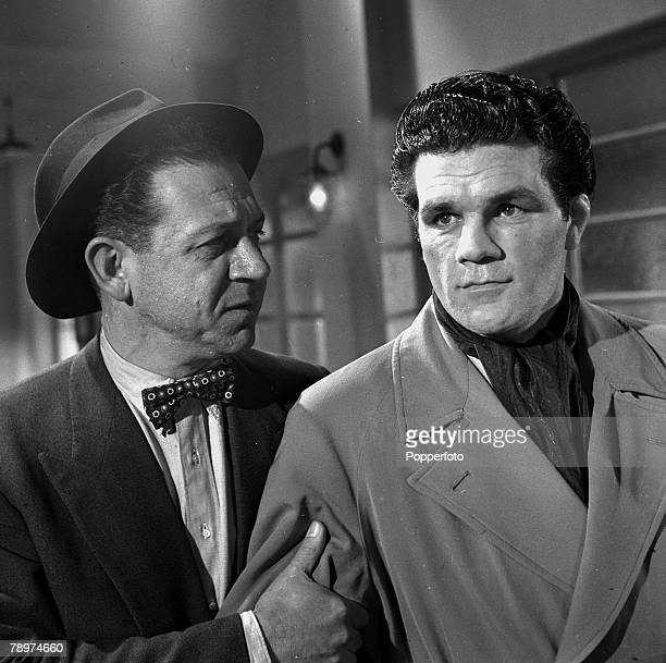 The making of the film 'Emergency Call' Sid James and Freddie Mills 1951