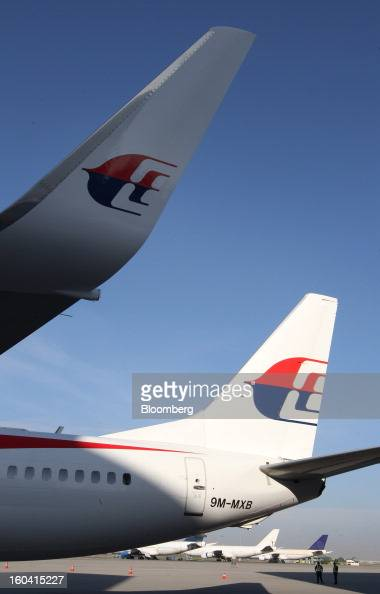 background malaysian airlines system Malaysia airlines or malaysian airline system berh is the flag carrier airline of  malaysia  malaysia landmark global travel and journey paper background.