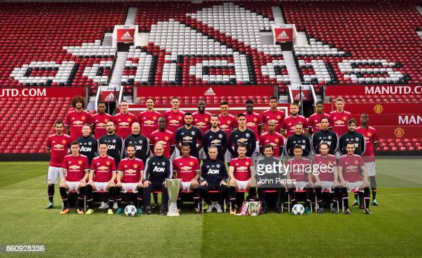 The Manchester United squad pose during the annual team photocall Back row Marouane Fellaini Anthony Martial Phil Jones Zlatan Ibrahimovic Nemanja...