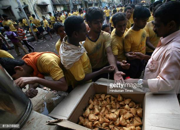 The mandals spend close to 4 lakhs on food clothes transportation gymnasium fees and glucose supplements every year Mazgaon Dakshin Vibhag Sarvajanik...