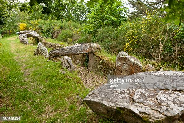 the 'Mane Roularde' passage grave in La Trinite sur Mer