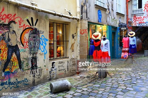 The Marais, store in a street : Stock-Foto