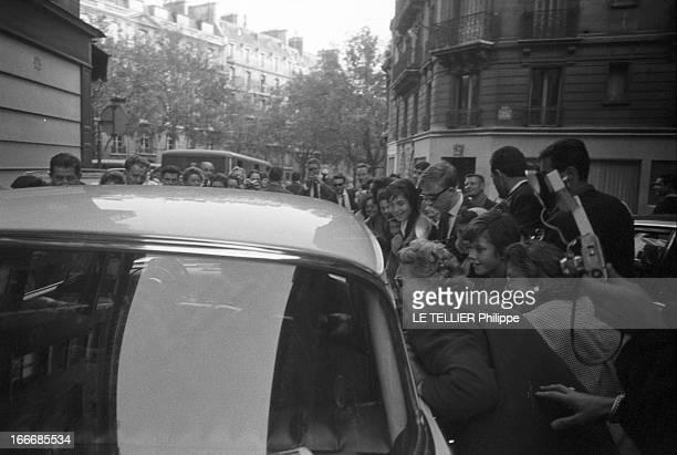 The Marriage Edith Piaf And Theo Sarapo Paris le 9 octobre 1962 Le mariage de Édith PIAF et de Théo SARAPO à la cathédrale orthodoxe grecque...