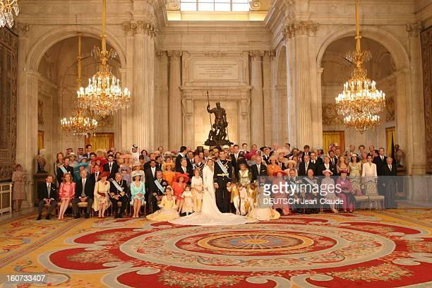 The Marriage Of Prince Felipe Of Spain Photo officielle de la famille et des invités de marque à l''occasion du mariage du prince FELIPE et de...