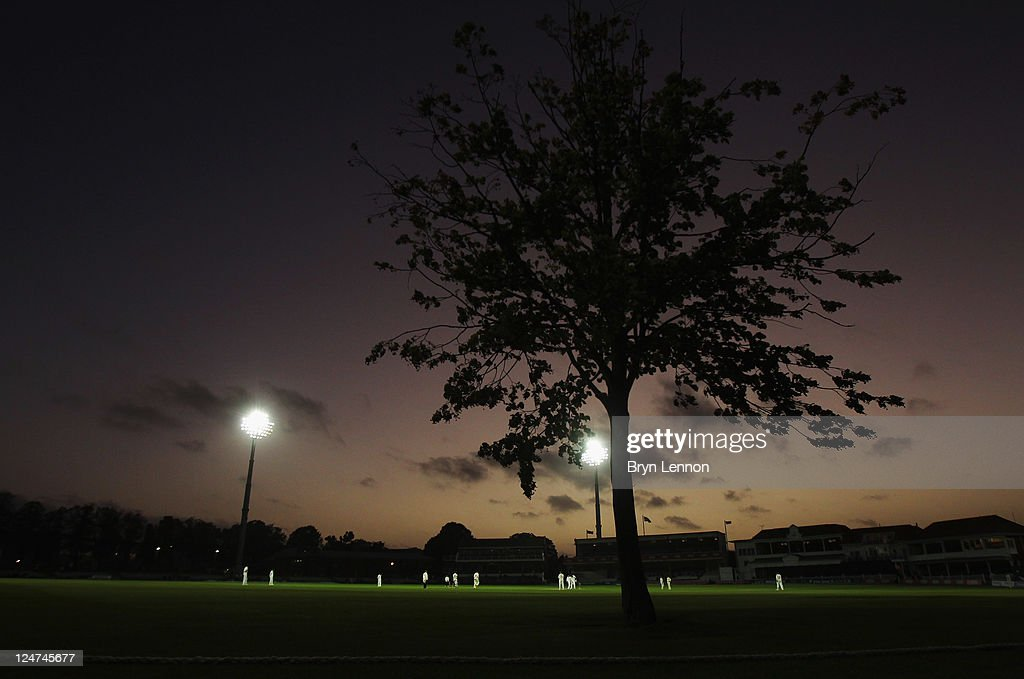 The match continues under flood lights at the LV County Championship match between Kent and Glamorgan at the St Lawrence Ground on September 12, 2011 in Canterbury, Engand.