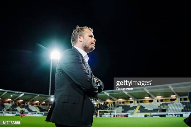 The match is postponed to following day cause of the risk of injury after the rain Mikael Stahre head coach of BK Hacken is out to thank the fans who...