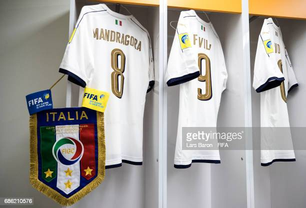 The match pennant and the jersey of Rolando Mandragora of Italy is seen in their dressing room prior to the FIFA U20 World Cup Korea Republic 2017...