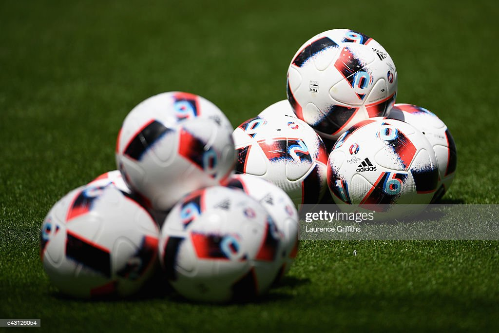 The matchballs are seen prior to the UEFA EURO 2016 round of 16 match between France and Republic of Ireland at Stade des Lumieres on June 26, 2016 in Lyon, France.