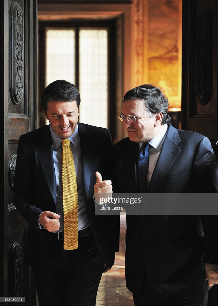The Mayor of Florence Mattero Renzi (L) and the President of the European Commission <a gi-track='captionPersonalityLinkClicked' href=/galleries/search?phrase=Jos%C3%A9+Manuel+Barroso&family=editorial&specificpeople=551196 ng-click='$event.stopPropagation()'>José Manuel Barroso</a> leave the Mayor's office during The State of Union conference on May 9, 2013 in Florence, Italy. Academic, business and political leaders are taking part in the annual conference which lasts through May 10th, debating various EU policies and institutions.