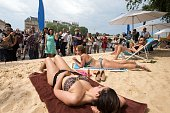 The Mayor of Paris Anne Hidalgo inaugurates 'Paris Plage' and hosts the first participants who tan on July 20 2016 in Paris France Running until...