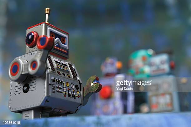 The meeting of the toy of the robot of the tinplat