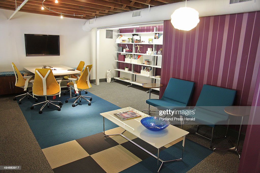 The Mezzanine conference room is ideal for webinars, skyping sessions and  video conferences, one