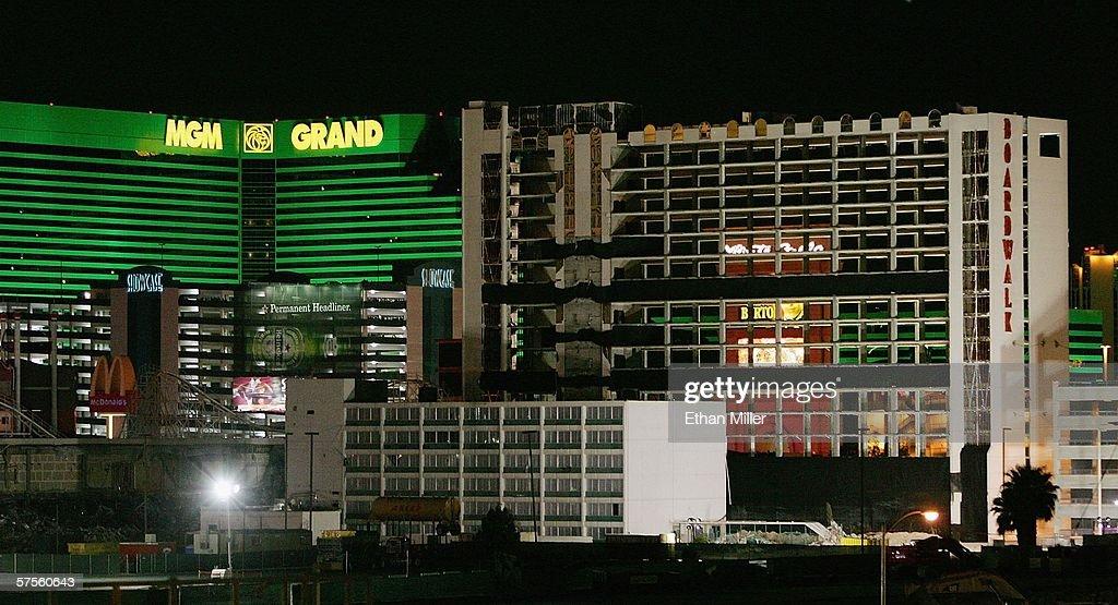 Casino grand implosion michagin casino packages